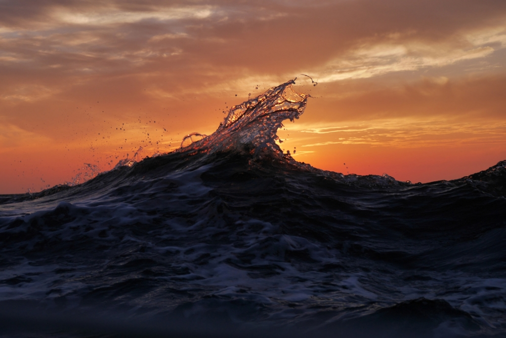 ITALY, Rome - A wave during sunset. © Marko Kecman