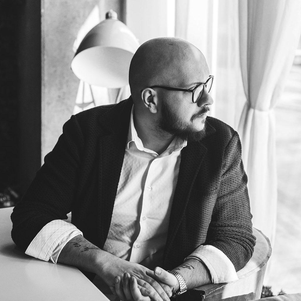 Uroš Stanišić: Ne koristiti društvene mreže je kao namigivanje devojci u mraku