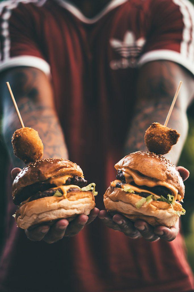 Roštilj nije BBQ: Ko će pobediti – pljeskavica ili burger?