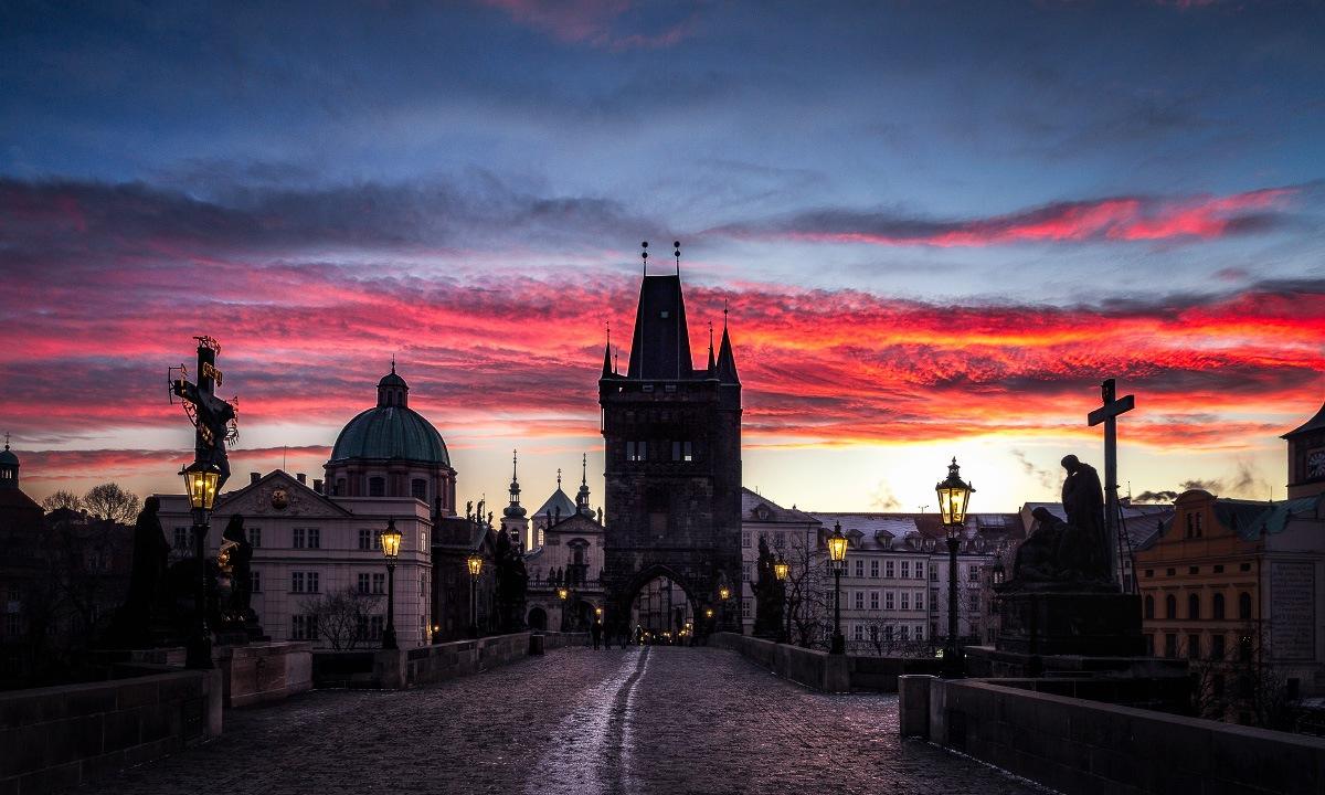 42 sata u Pragu
