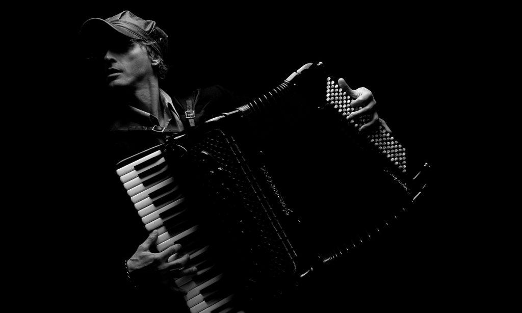 Miško Plavi: Muzika 1.000 osmeha je lek za svaku depresiju